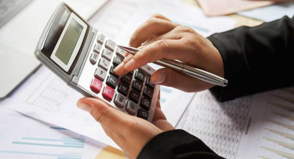 Finding the Best Accounting Calculator